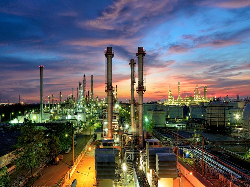 Saudi Replaces Oil Minister