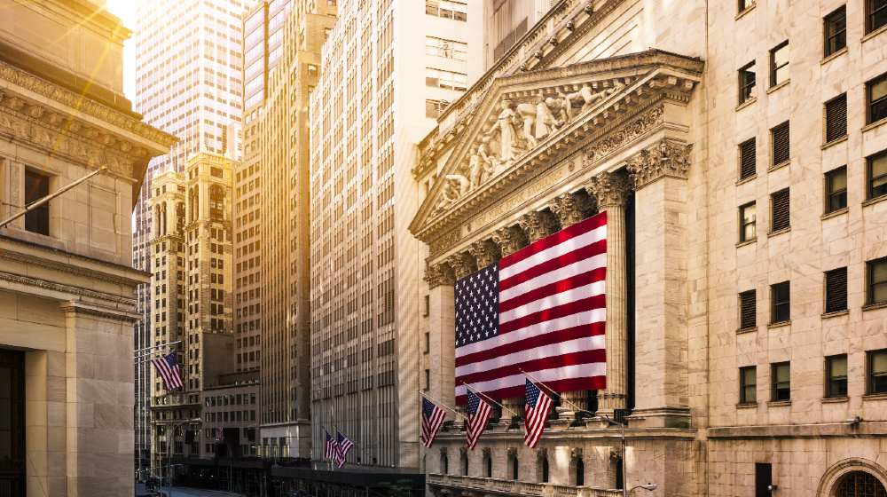 Famous Wall street and the building in New York-Wall Street Democrats-ss-featured