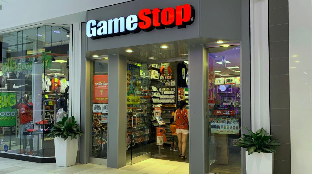 Game Stop store in CambridgeSide mall-Reddit Users Battle Wall Street-ss-featured