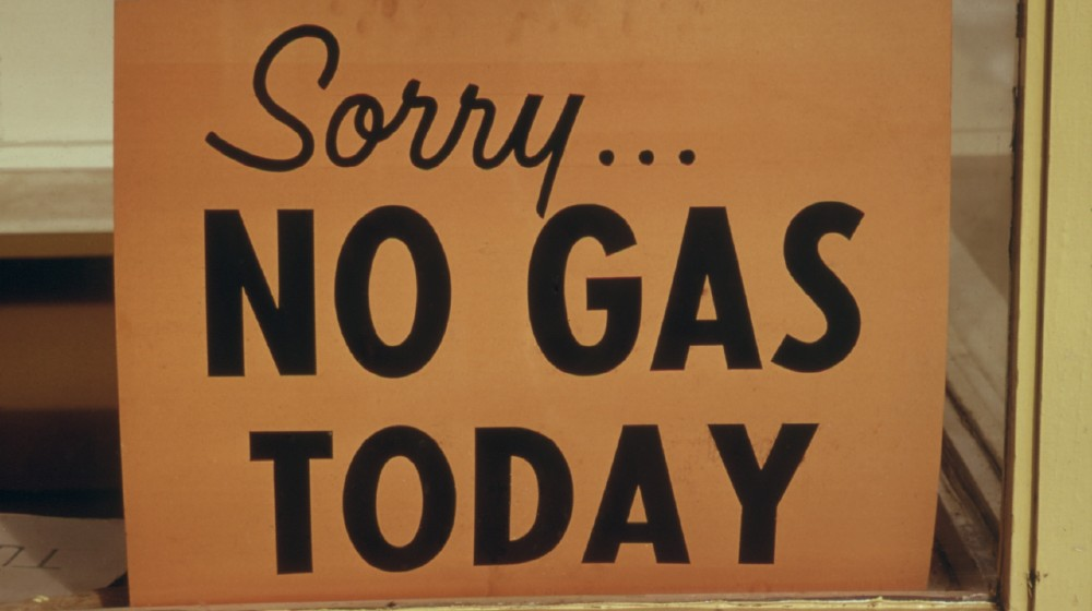 Sorry NO GAS TODAY' sign at an Oregon Gas Station in October 1973 | US Faces Summer Gas Shortage Due to Lack of Truckers | Featured