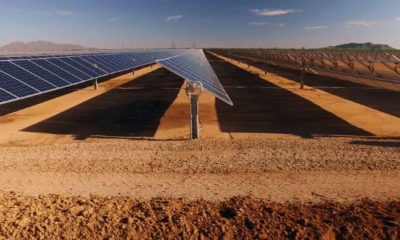close up of solar power panels, in desert | US To Build Crimson Solar Project in California Desert | Featured